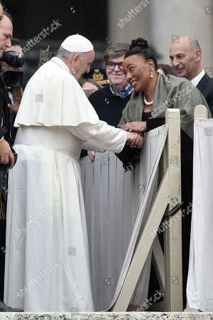 Pope Francis greets Bernice King, daughter of Martin Luther King Jr,