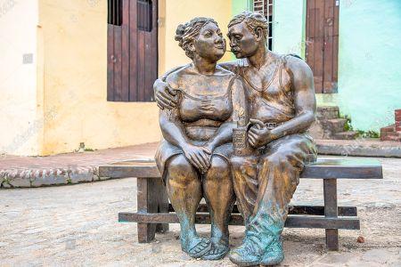 Plaza 'El Carmen' life sized bronze statues urban art.
