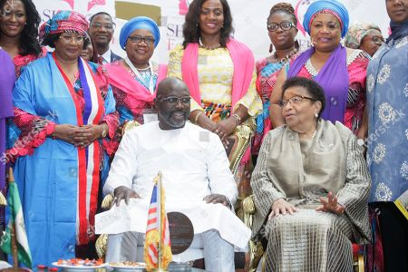 Liberian president, George Weah (L), Former Liberian President, Ellen Johnson Sirleaf (R), Joyce Banda (2nd-L), Former president of Malawi, Joice Mujuru (3rd-L) and others pose for photo at the official opening of the International Sheroes Forum 2018 at the Monrovia City Hall, Monrovia, Liberia, 17 October 2018. The International Sheroes Forum brings together leaders and personalities to discusses and bolster the influence of women on the African Continent and the World in general.