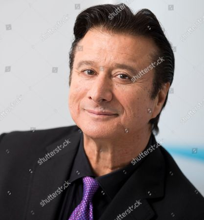 """Stock Photo of This photo shows singer Steve Perry posing for a portrait in New York to promote """"Traces,"""" his first album almost 25 years"""