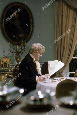 'Dominic'     TV Series 2 of 'Boy Dominic' Picture shows - Thorley Walters as Lord Stainton