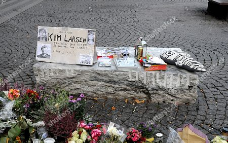 Stock Picture of People pay their respects to Danish musician Kim Larsen, who died last Sunday.