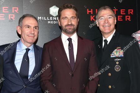 """Toby Jaffe, Gerard Butler and Vice Admiral Frederick J. """"Fritz"""" Roegge"""