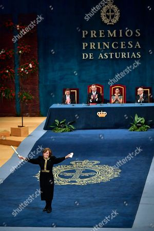 Sylvia Earle of the US gestures after receiving Princess of Asturias Award for Concord 2018 from Spain's King Felipe VI at a ceremony in Oviedo, northern Spain