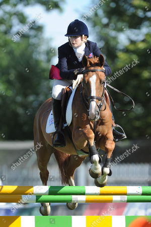 GB pentathlete Freyja Prentice during the riding discipline