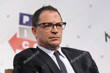 """Joshua Malina participates in the """"Stranger Than Fiction: A Conversation With Cast Members of The West Wing"""" panel at Politicon at the Los Angeles Convention Center, in Los Angeles"""