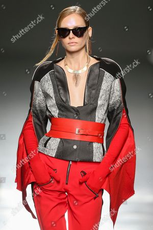 A model presents a creation by Portuguese designer Luis Buchinho during the 43rd Portugal Fashion in Porto, Portugal, 20 October 2018. The fashion event runs from 18 to 20 October.