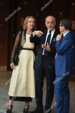 Toni Servillo and his wife