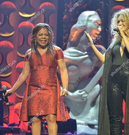 Valerie Simpson and Erika Ender performs at the 6th Annual Latin Songwriters Hall Of Fame La Musa Awards at James L Knight Center