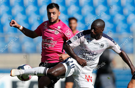 Gaetan Laborde (L) of Montpellier HSC and Youssouf Sabaly (R) of Girondins Bordeaux in action during the Soccer ligue 1 match between Montpellier HSC and Girondins Bordeaux in Montpellier, France, 21 October 2018.