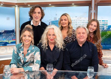 Lydia Bright, Debbie Douglas, Dave Bright, Romana Bright, Georgia Bright and Freddie Bright