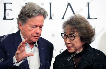 French architect Christian de Portzamparc (L) talks with Japanese artist Fujiko Nakaya during a press conference for the 30th Praemium Imperiale in Tokyo, Japan, 22 October 2018. The Praemium Imperiale is a global arts prize awarded annually by the Japan Art Association. Five laureates are nominated in the fields of Painting, Sculpture, Architecture, Music and Theatre/Film. For its 30th edition, the Praemium Imperiale awards have been given to French painter Pierre Alechinsky, Japanese artist Fujiko Nakaya, French architect Christian de Portzamparc, Italian conductor Riccardo Muti and French actress Catherine Deneuve. Pierre Alechinsky and Riccardo Muti didn't attend the press conference.