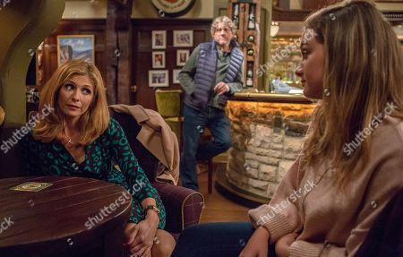 Ep 8300 Wednesday 31st October 2018 Gabby Thomas, as played by Rosie Bentham, doesn't understand why Bernice Blackstock, as played by Samantha Giles, dumbed Daz Spencer, as played by Mark Jordon, and takes Bernice's phone out of her bag. What is she planning?