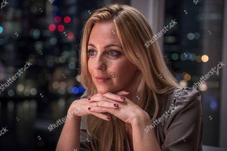 Sylvie, as played by Miranda Raison.