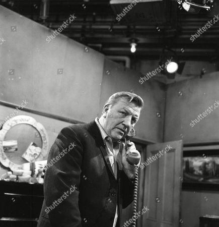 Barry Keegan (as Jim Mount)