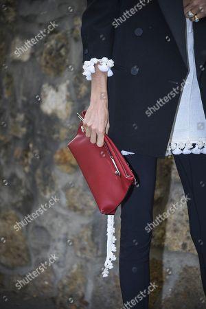 Leandra Medine, bag detail