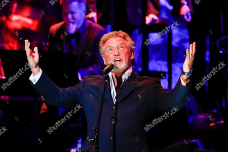 Larry Gatlin performs at the 2018 Medallion Ceremony at the Country Music Hall of Fame and Museum, in Nashville, Tenn