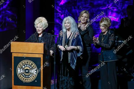 Brenda Lee, Emmylou Harris, Trisha Yearwood, Jeannie Sealy. Brenda Lee, left, speaks as Emmylou Harris, Trisha Yearwood, and Jeannie Seely look on at the 2018 Medallion Ceremony at the Country Music Hall of Fame and Museum, in Nashville, Tenn