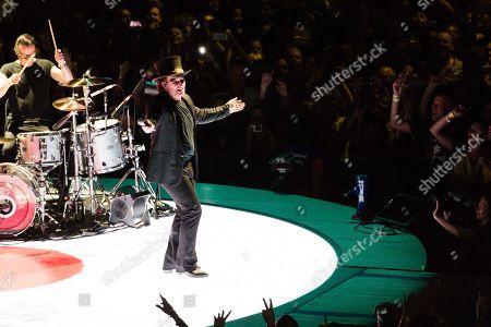 U2 - Bono, Larry Mullen Jr