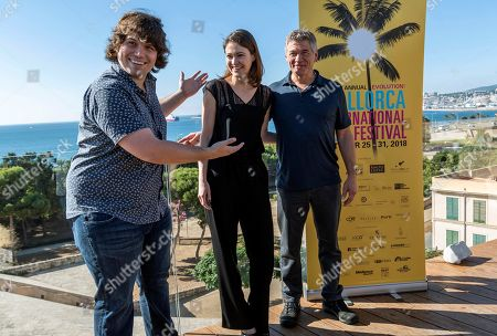 US film director Michael Gallagher (L) poses with US actors and cast members Matthew Glave (R) and Jana Winternitz during the presentation of the movie 'Funny Story' at the 7th Evolution Mallorca International Film Festival (EMIFF), in Palma Majorca, Balearic Islands, Spain, 24 October 2018.