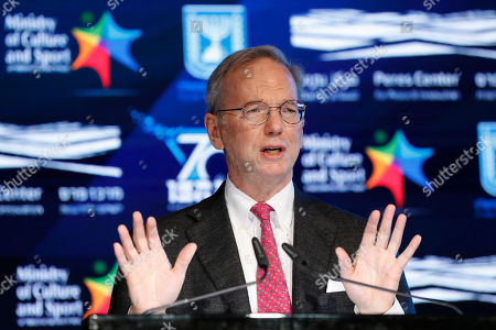 American businessman and Executive Chairman of Google Eric Schmidt speaks at the Prime Minister's Technological Innovation Committee Prize ceremony, in Jerusalem, Israel, 24 October 2018. Israeli Prime Minister Netanyahu hosts Chinese Vice President Wang Qishan to participate in the annual conference of the Israel-China Joint Innovation Conference, where they signed eight joint agreements between the two countries in science and technology, life sciences, innovation and  health.