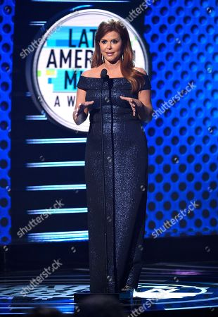 Maria Celeste Arraras presents the Icon Award at the Latin American Music Awards at the Dolby Theatre, in Los Angeles