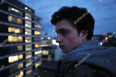 Stock Photo of Jacob Avery as Ed Denslow.