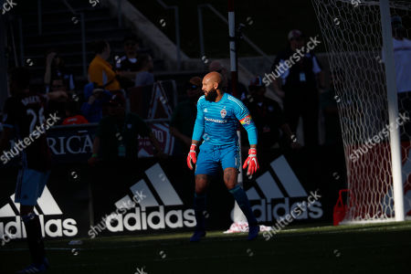 R m. Colorado Rapids goalkeeper Tim Howard (1) in the second half of an MLS soccer match, in Commerce City, Colo. The Rapids won 2-1