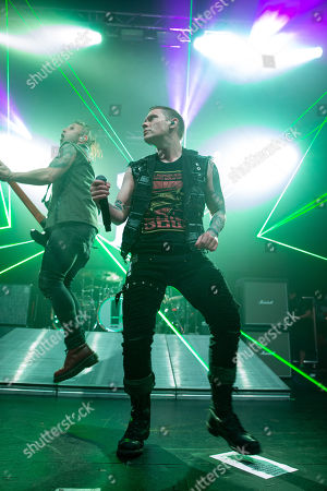 Shinedown - Eric Bass and Brent Smith