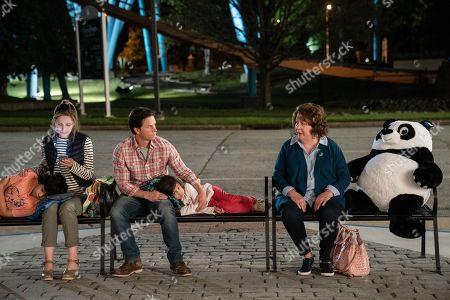 Gustavo Quiroz as Juan, Rose Byrne as Ellie, Mark Wahlberg as Pete, Julianna Gamiz as Lita, Margo Martindale as Grandma Sandy