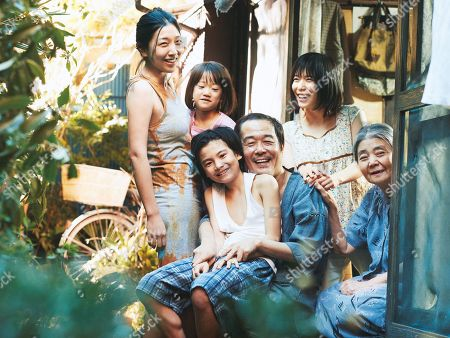 Sakura Ando as Nobuyo Shibata, Jyo Kairi as Shota Shibata, Miyu Sasaki as Yuri, Lily Franky as Osamu Shibata, Mayu Matsuoka as Aki Shibata, Kirin Kiki as Hatsue Shibata