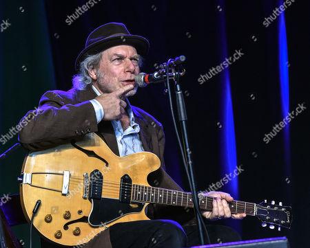 Singer/Songwriter Buddy Gibson