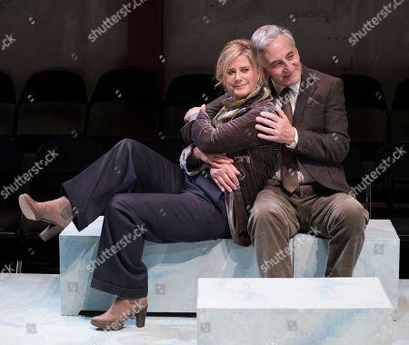 Imogen Stubbs as Honour, Henry Goodman as George,