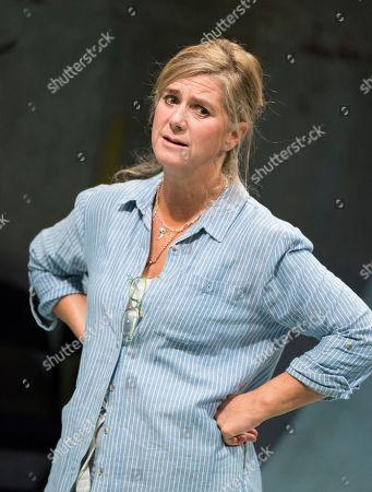 Stock Photo of Imogen Stubbs as Honour