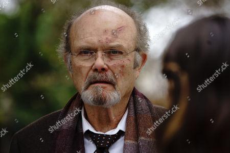 Kurtwood Smith as Leslie Claret