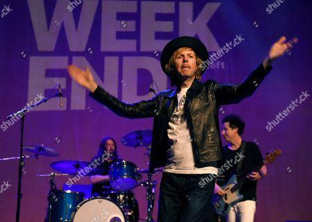 Beck, Dave Grohl, Justin Meldal-Johnsen.