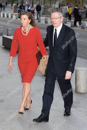 Alberto Ruiz-Gallardon and wife Maria del Mar Utrera
