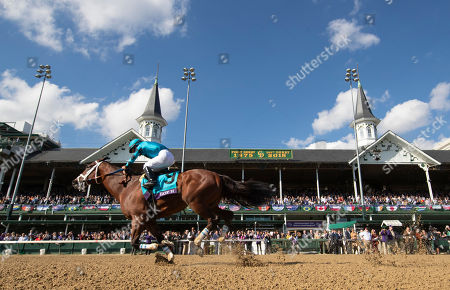Louisville, Kentucky, U.S. - , Roy H #9, ridden by Paco Lopez, wins the Twinspires Breedersâ?? Cup Sprint on Breeders' Cup World Championship Saturday at Churchill Downs on November 3, 2018 in Louisville, Kentucky. Alex Evers/Eclipse Sportswire/CSM