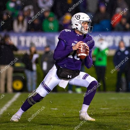 Evanston, Illinois, U.S. - Wildcat Quarterback #18 Clayton Thorson in action during the NCAA Football Game between the Notre Dame Fighting Irish and the Northwestern Wildcats at Ryan Field in Evanston, IL. Photographer: Mike Wulf