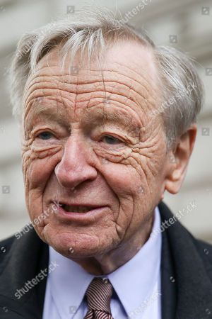 Lord Alf Dubs arrives outside Downing Street