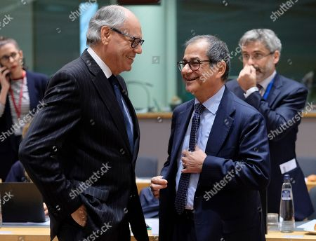 Malta Finance Minister Edward Scicluna (L) and Italian Minister of Economy and Finance, Giovanni Tria (R) during European Finance Ministers' meeting in Brussels, Belgium, 06 November 2018.