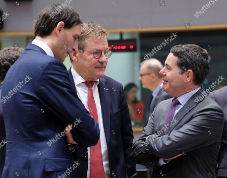 (L-R) Dutch Finance Minister Wopke Hoekstra (L), Belgian Finance Minister Johan Van Overtveldt and Irish Minister for Finance and Public Expenditure Paschal Donohoe during the European Finance Ministers' meeting in Brussels, Belgium, 06 November 2018.