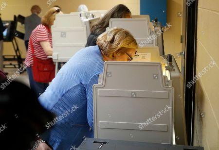 Incumbent Sen. Claire McCaskill, D-Mo., votes, in Kirkwood, Mo