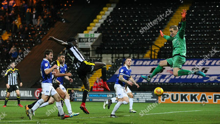 Enzio Boldewijn goes close in the final stages as his shot creeps under Oldham keeper Daniel Iversen and hits the post