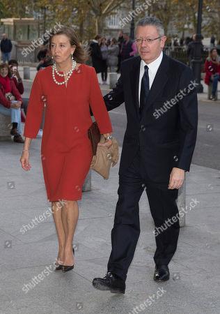 Stock Photo of Alberto Ruiz-Gallardon and su esposa Mar Utrera