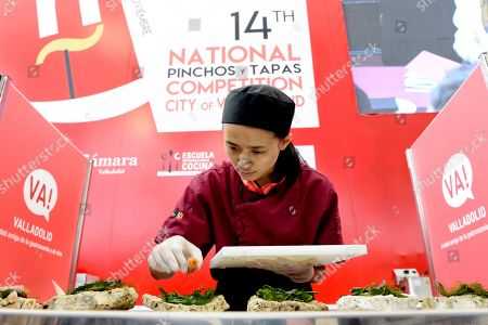 New Zelander chef Shuyun Chen from 'Bellota by Peter Gordon' restaurant participates during the Second edition of the Tapas World Championship 'Ciudad de Valladolid' in Valladolid, Spain, 07 November 2018.
