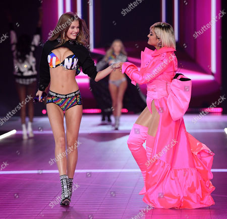 Myrthe Bolt and Bebe Rexha performing on the catwalk