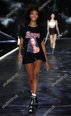 Cheyenne Maya-Carty on the catwalk