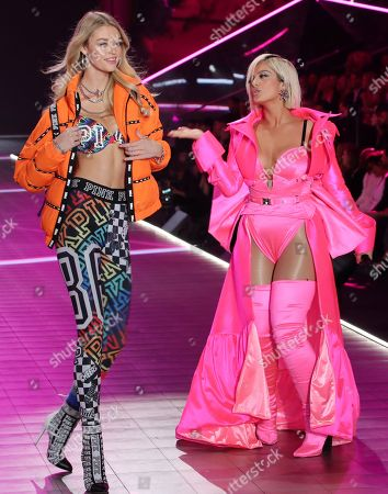 Willow Hand on the catwalk with Bebe Rexha performing