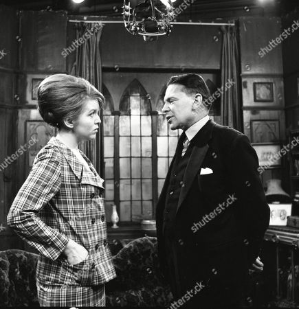 Collette O'Neil (as Ruth Winter) and Alec Mango (as Mr Howard)